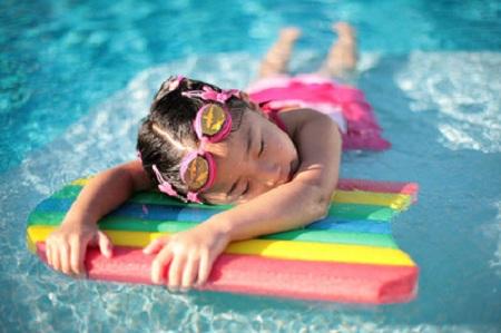 Jak dbać o basen ogrodowy