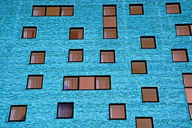 Materiały na dekoracje okna