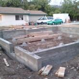 Jak głęboko posadowić fundamenty domu?
