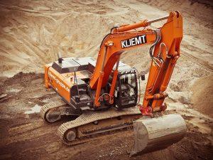 excavators-1174428_960_720